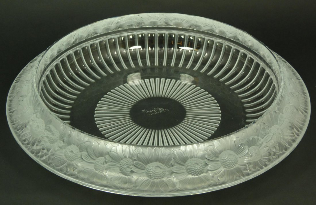 13A: LALIQUE FRANCE MARGUERITES CRYSTAL BOWL
