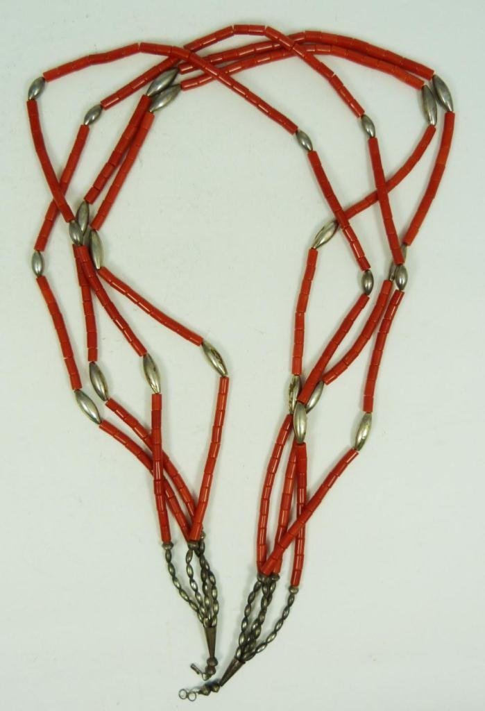 416: SOUTHWESTERN CORAL & SILVER BEADED NECKLACE