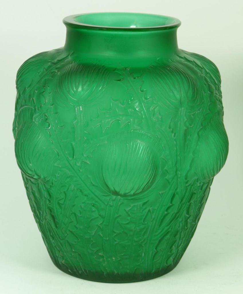1: R. LALIQUE EMERALD GREEN 'DOMREMY' VASE 1926