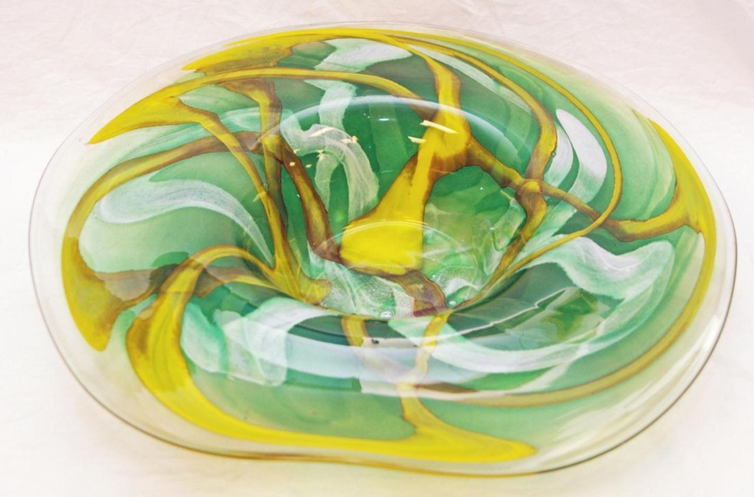 8: LARGE ART GLASS BOWL WITH FLARED EDGE