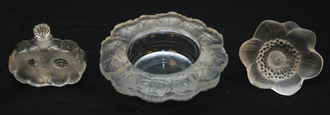 16: 3 PIECES OF ASSORTED LALIQUE FRENCH CRYSTAL ITEMS