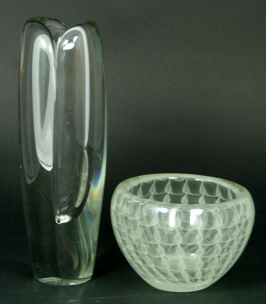 21: 2 KAJ FRANCK STUDIO ART GLASS ITEMS: VASE & BOWL