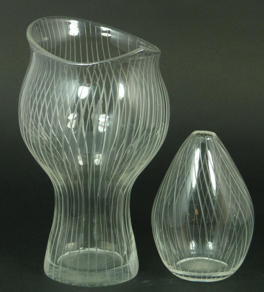 22: 2 TAPIO WIRKKALA FINNISH STUDIO ART GLASS VASES