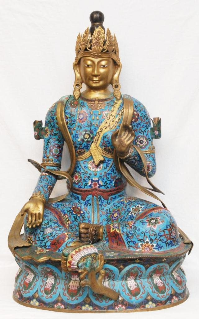 PALATIAL CHINESE CLOISONNE SEATED QUAN YIN FIGURE