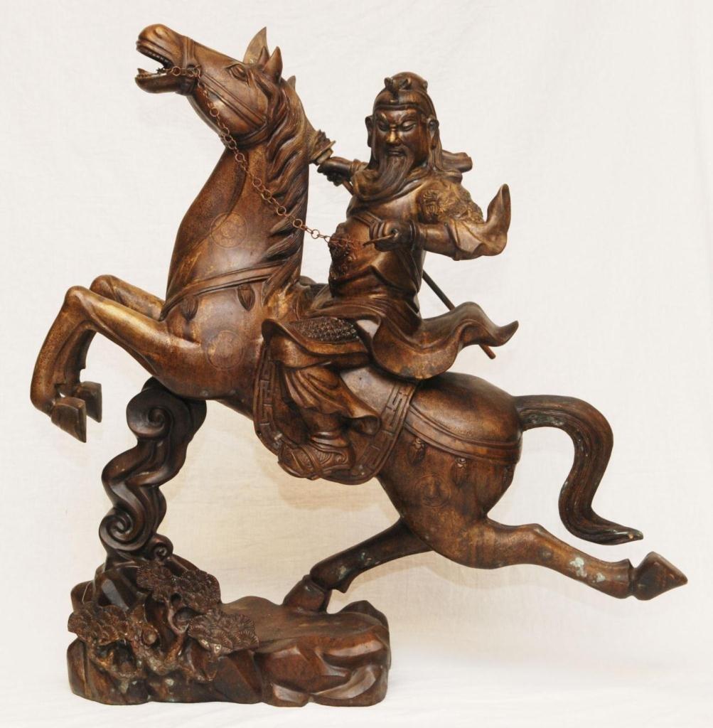 PALATIAL CHINESE BRONZE FIGURE OF GUAN YU ON HORSE