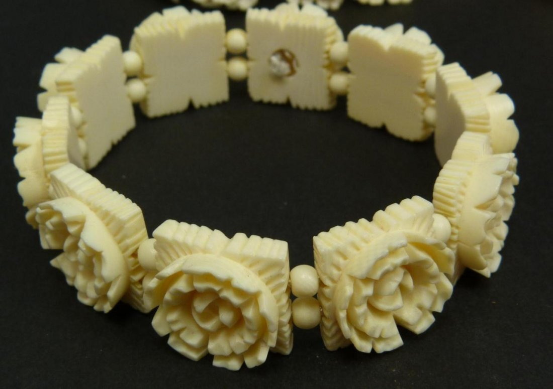 13pc CHINESE CARVED IVORY JEWELRY SUITE - 5