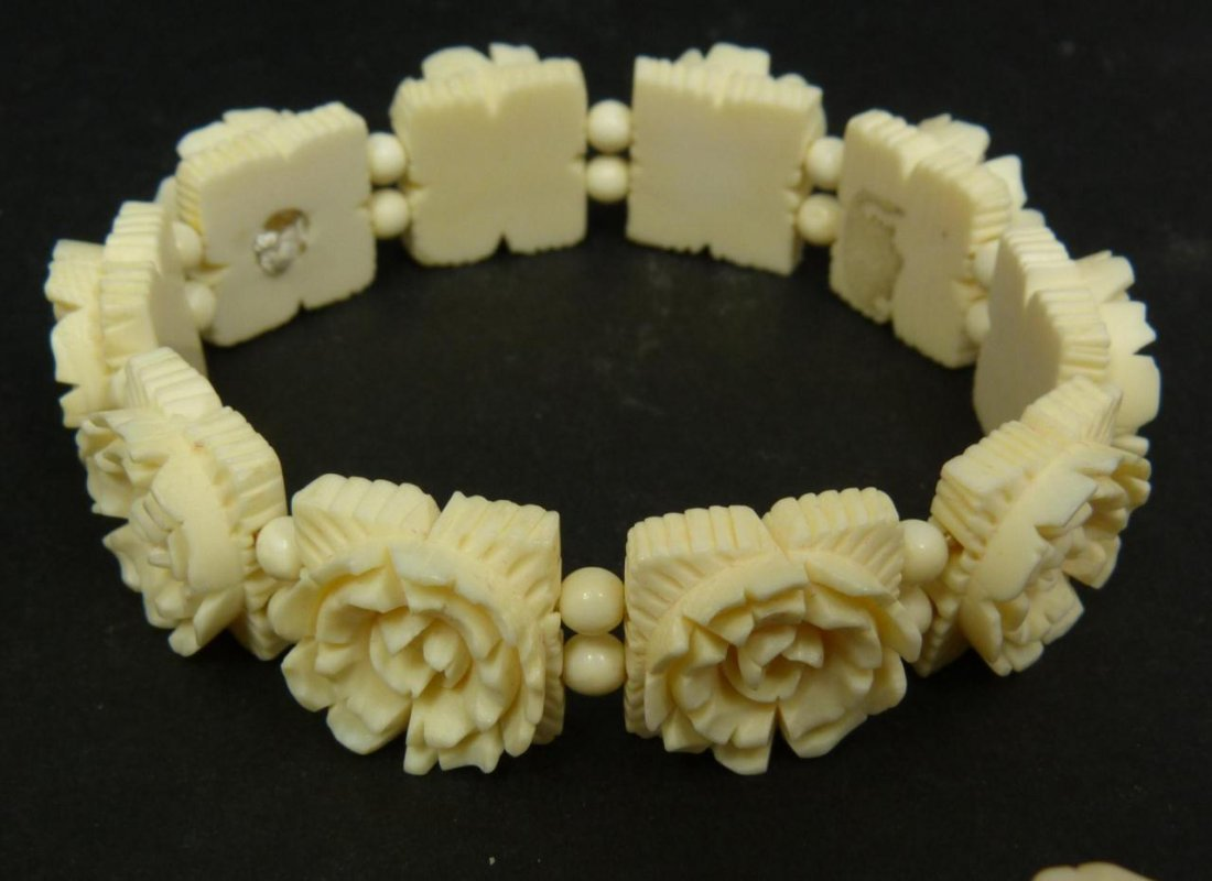13pc CHINESE CARVED IVORY JEWELRY SUITE - 7