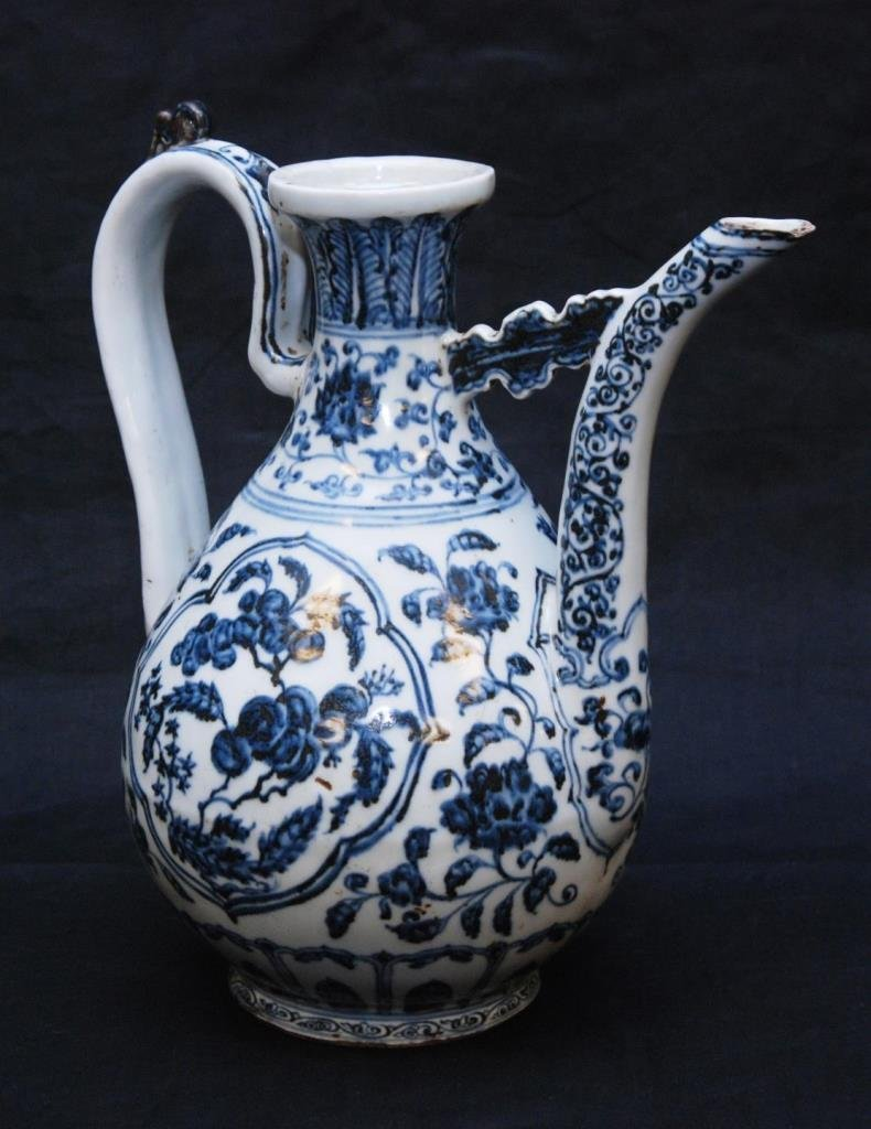 CHINESE QING OR EARLIER BLUE & WHITE EWER