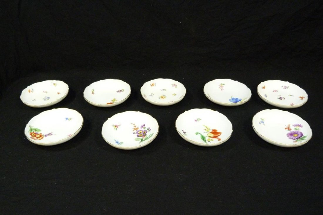 9 MEISSEN GERMAN PORCELAIN FINGER BOWLS