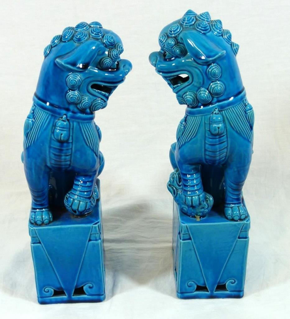 PAIR OF 20TH CHNESE BLUE GLAZED PORCELAIN FOO DOGS