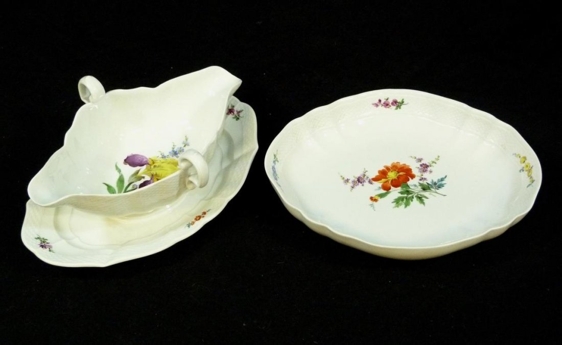2 MEISSEN PORCELAIN BASKET WEAVE SERVING PIECES