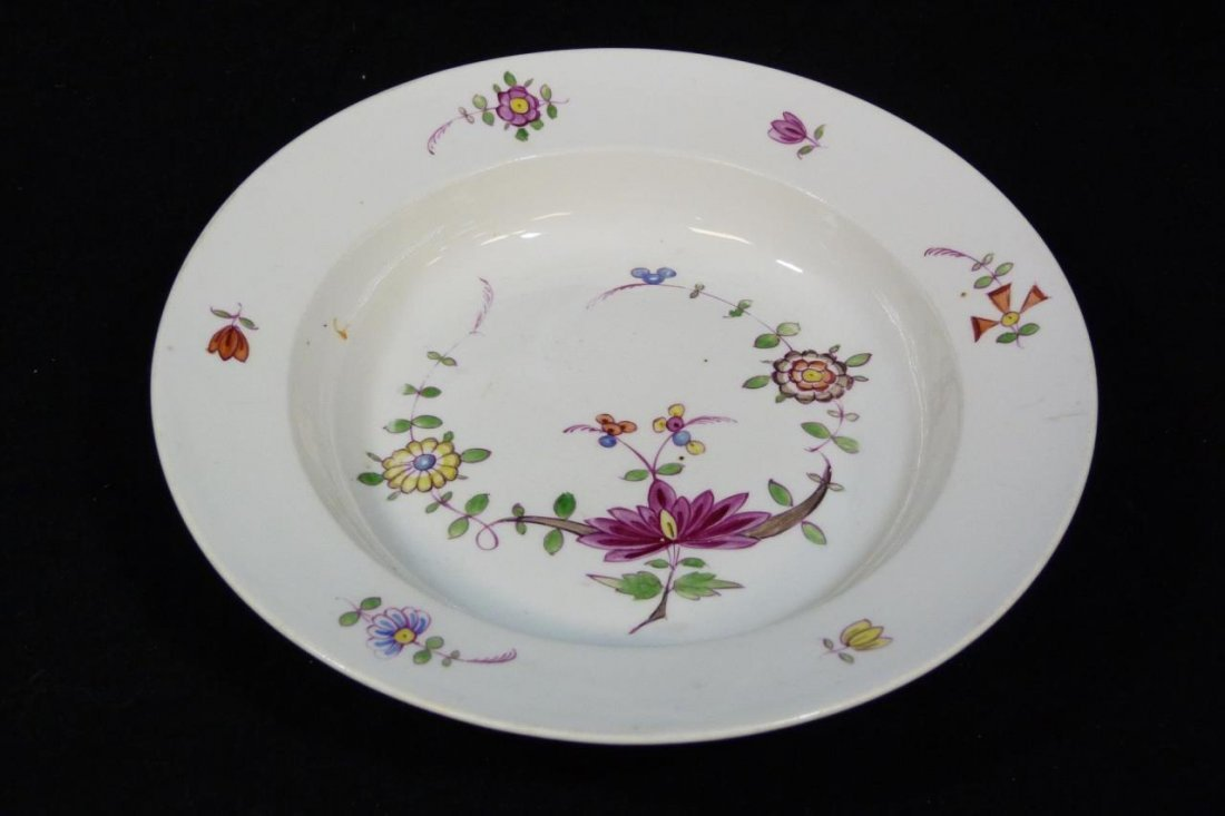 18th C MEISSEN GERMAN PORCELAIN RIM SOUP BOWL