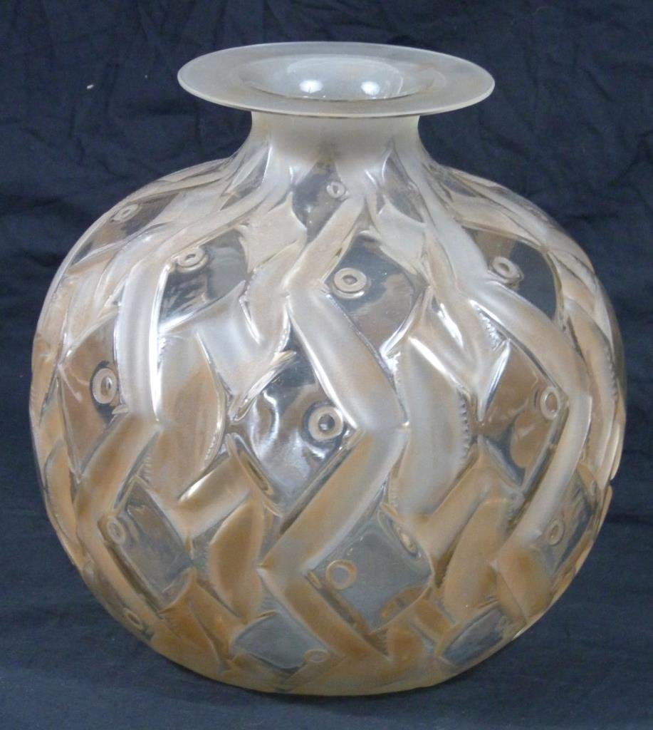 R. LALIQUE FRENCH CRYSTAL 'PENTHIEVRE' VASE