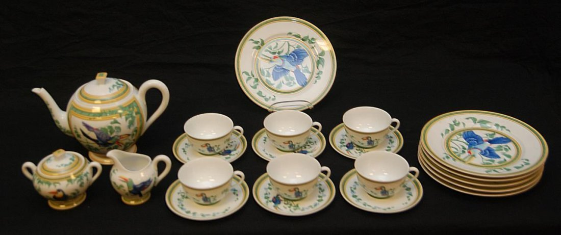 HERMES FRENCH PORCELAIN 'TOUCAN' TEA SERVICE FOR 6