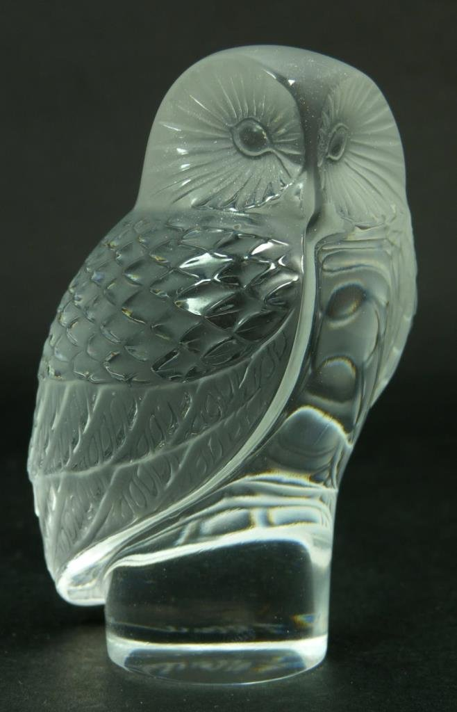 LALIQUE FRANCE CRYSTAL OWL PAPER WEIGHT