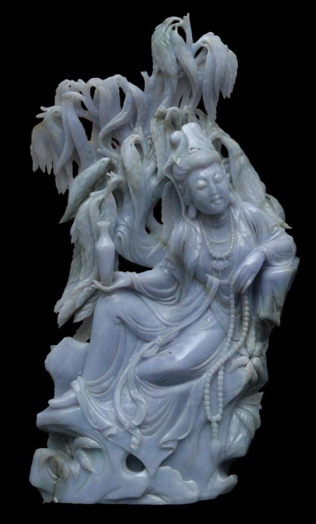 LARGE CHINESE LAVENDER JADEITE GUANYIN GROUP