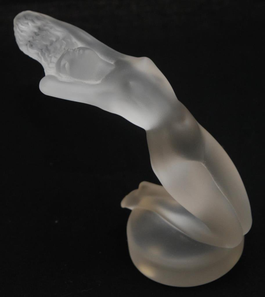 LALIQUE CHRYSIS PAPER WEIGHT NUDE