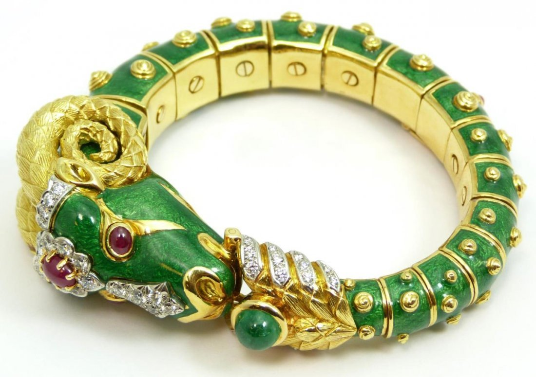 DAVID WEBB CAPRICORN RAM GEMSTONE & GOLD BANGLE