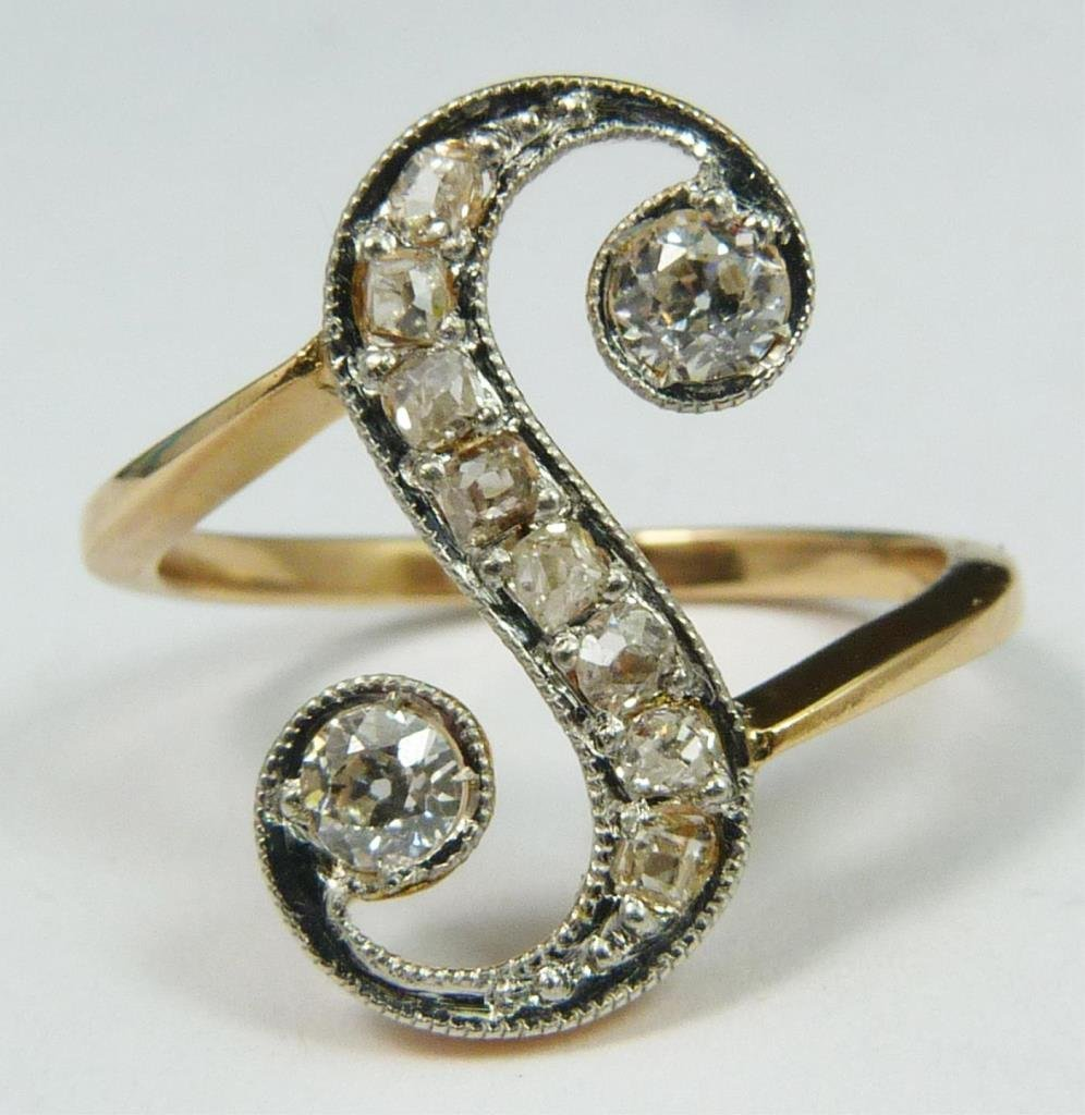 18K YELLOW GOLD 0.85CTW DIAMOND 'S' MONOGRAM RING