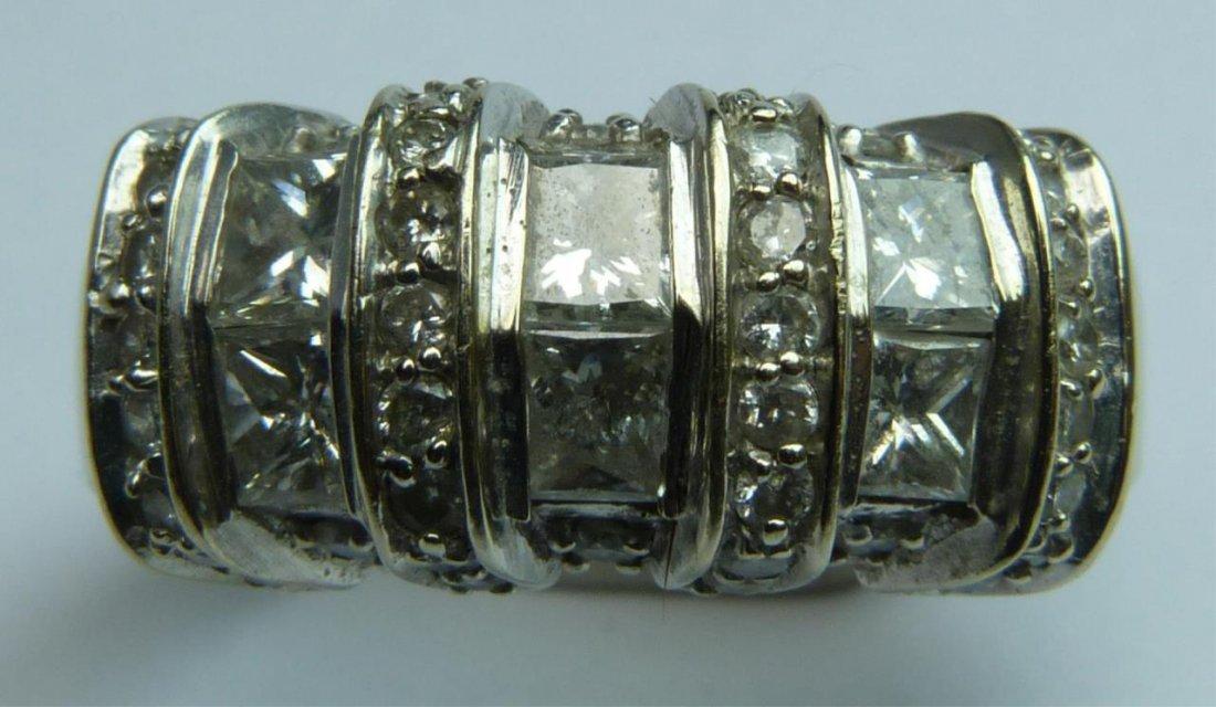 14K WHITE GOLD 2.10ctw DIAMOND RING