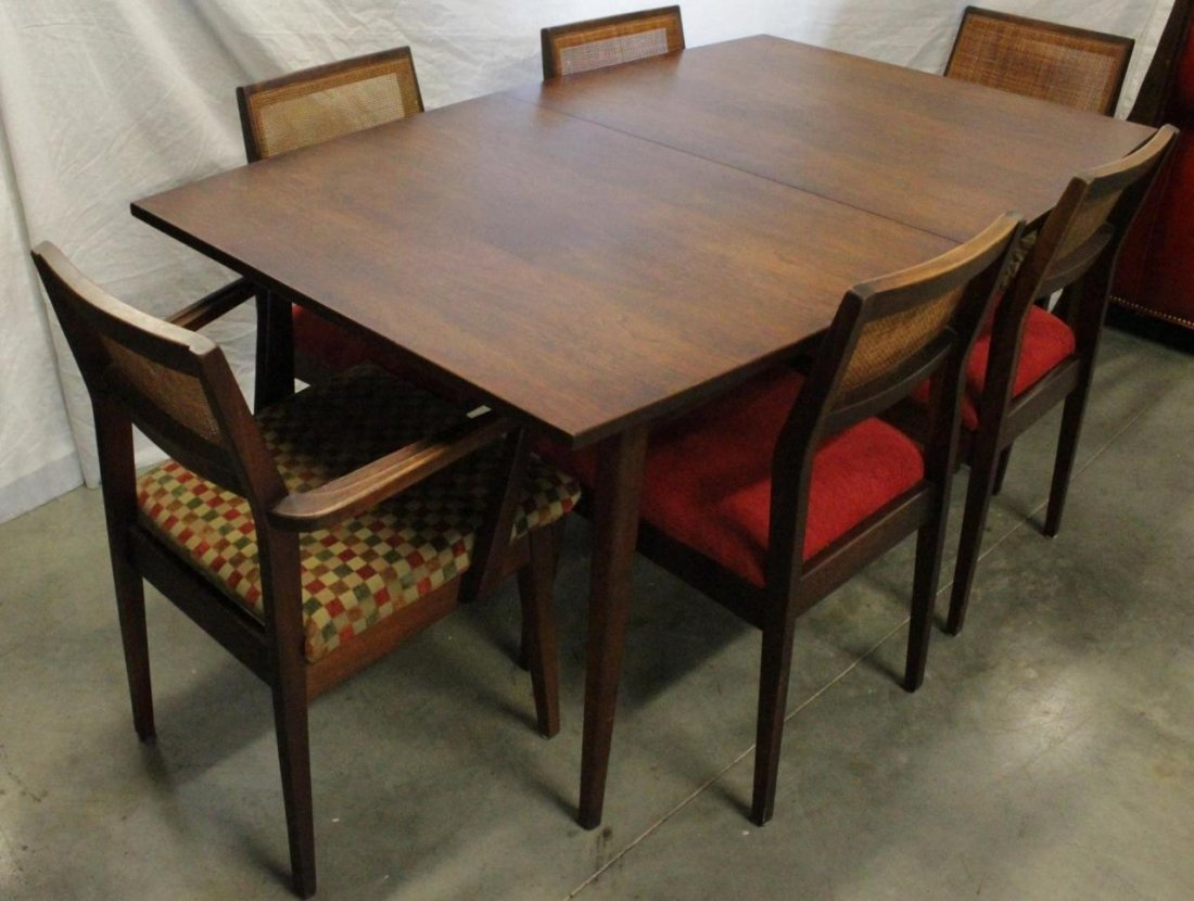 MID CENTURY MODERN STYLE DINING TABLE w CHAIRS