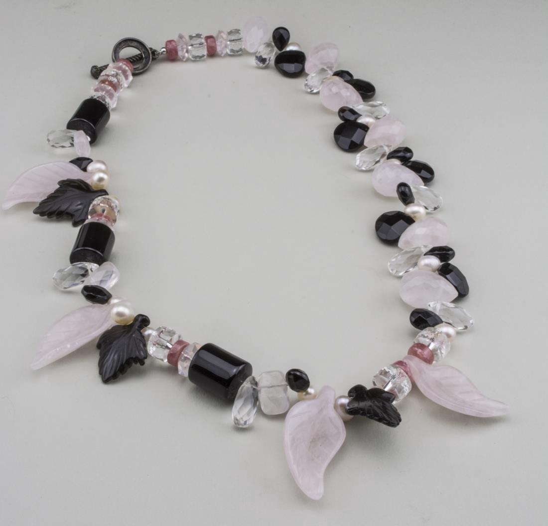 Rose Quartz and Onyx Bead Necklace
