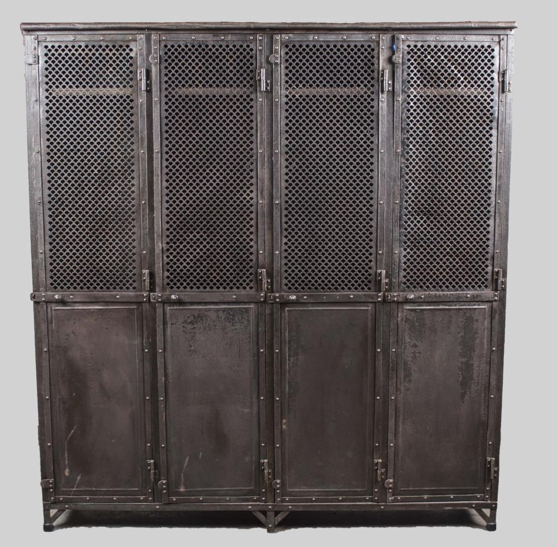 Metal Locker   *