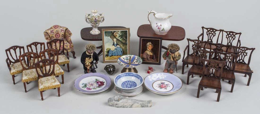 Group of Doll House Furniture & Miniatures