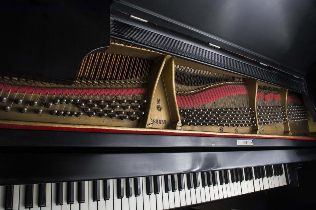 Steinway Grand Piano Model M - 4