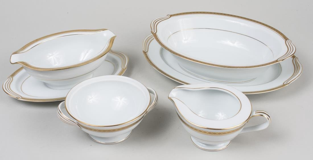 Noritake Porcelain Dinner Service - 3