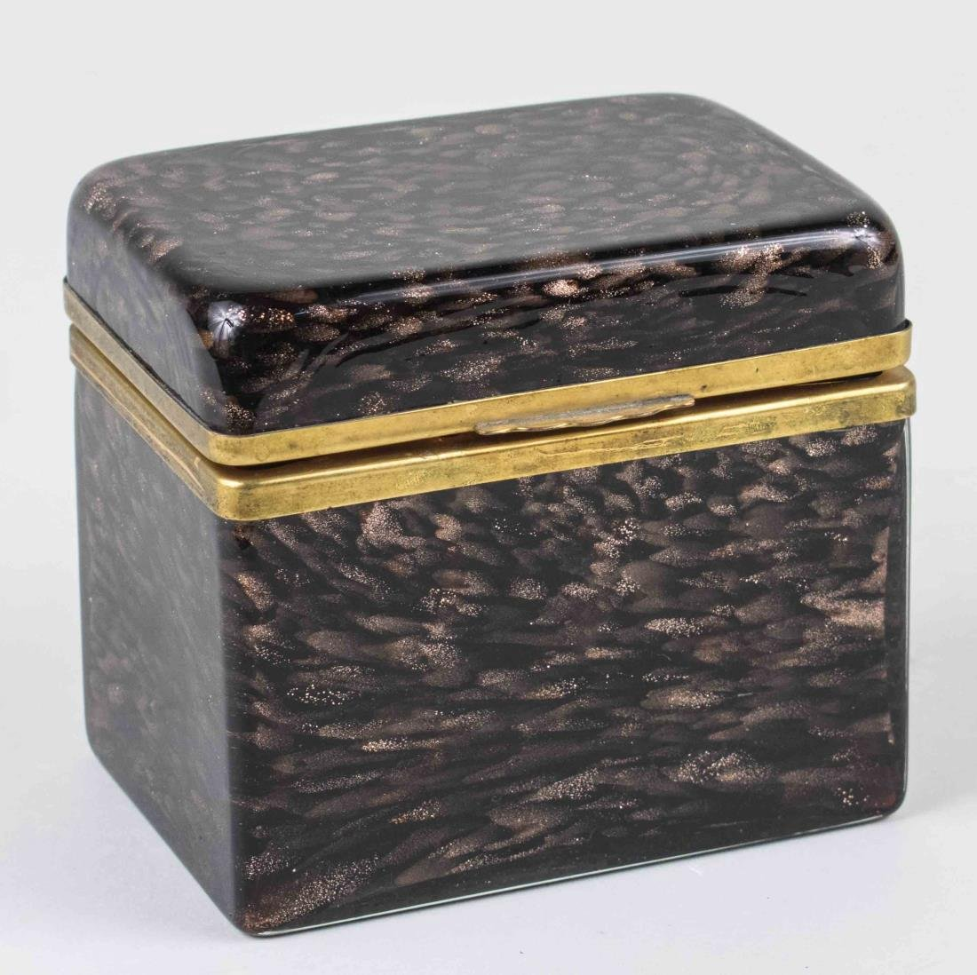 Continental Dresser Box