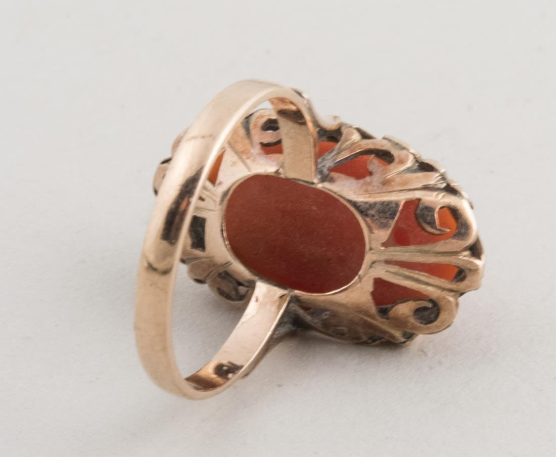 Coral Ring   * - 3