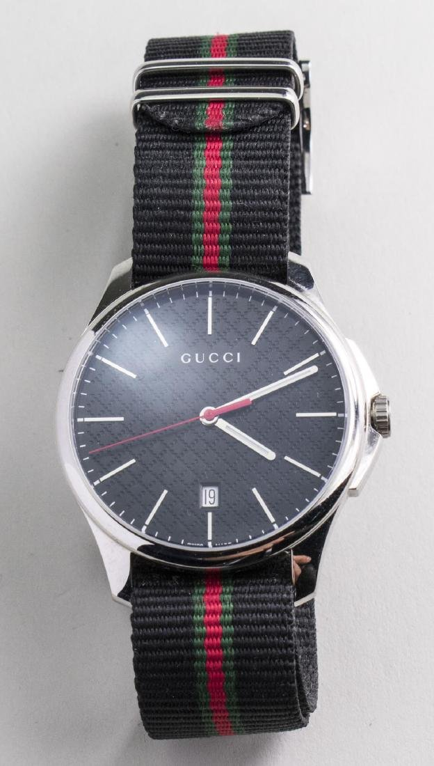 Gucci Wristwatch   *