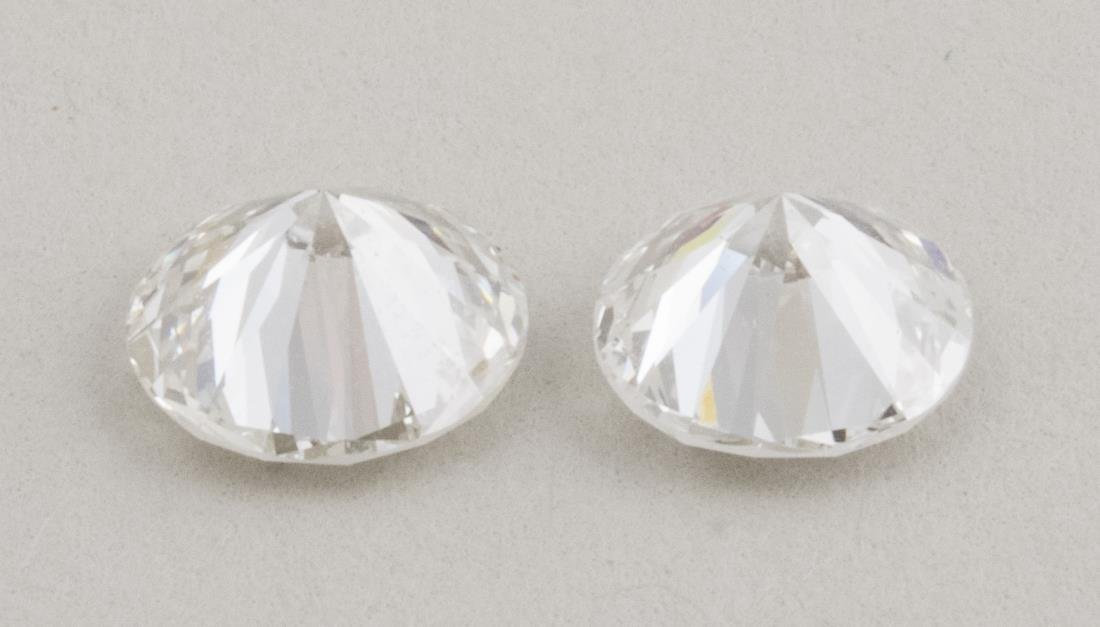 Pair of Loose Diamonds   * - 2