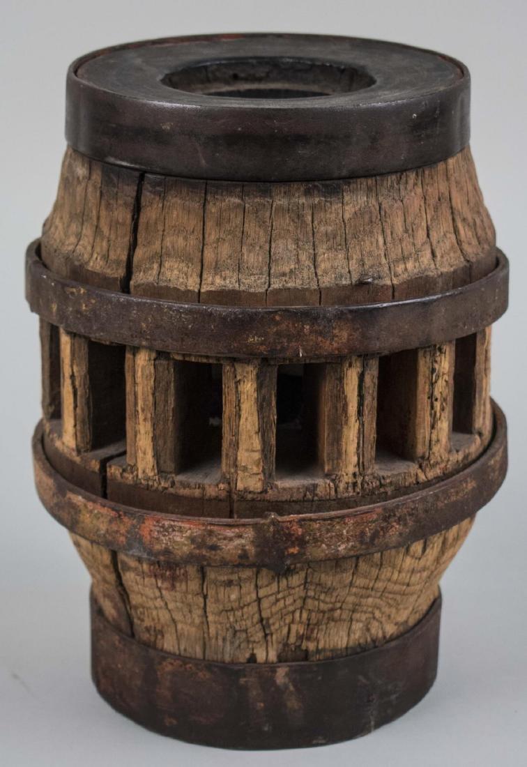 Wagon Wheel Lamp Base