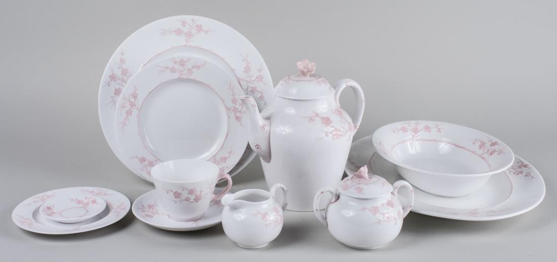 Spode Porcelain Dinner Service