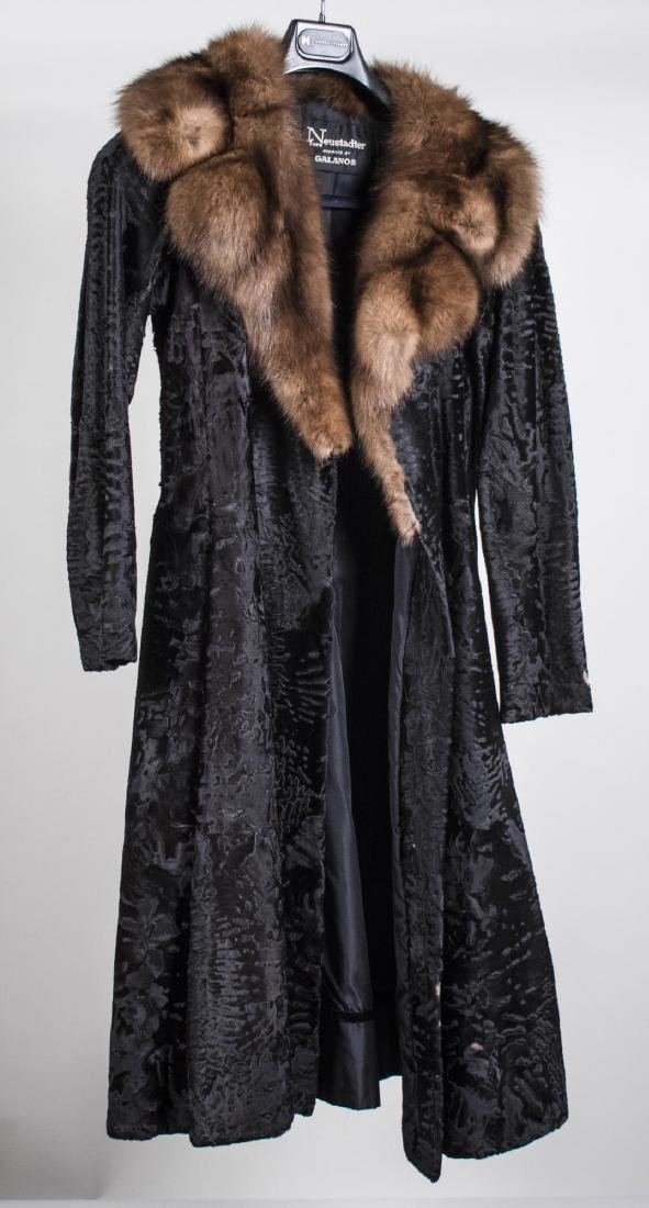 Neustatder Lady's Fur Coat
