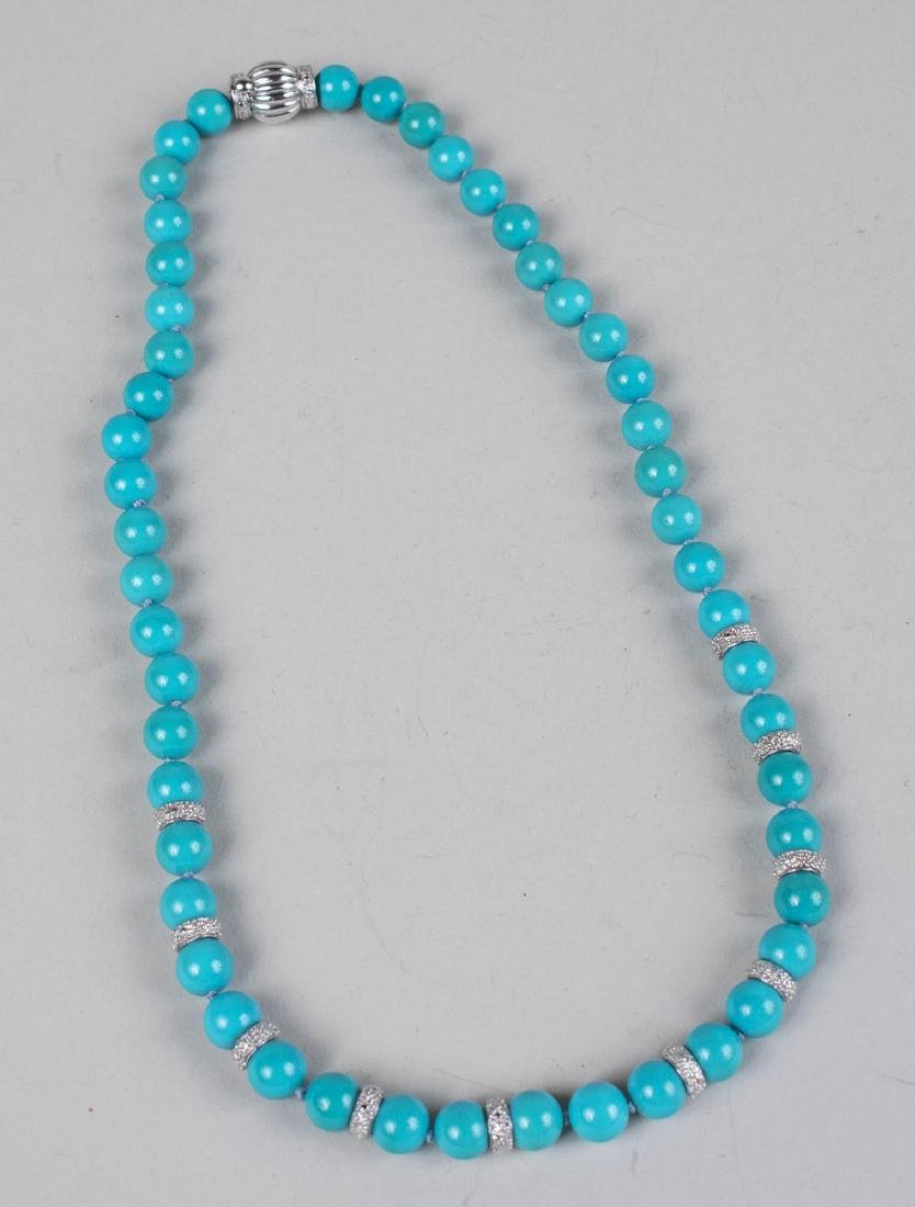 Turquoise Bead Necklace   *