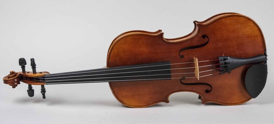 Roman Teller (Italian) Viola   * - 5