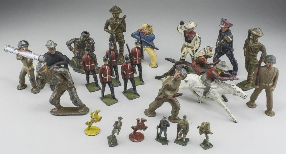 Group of Vintage Toy Soldiers