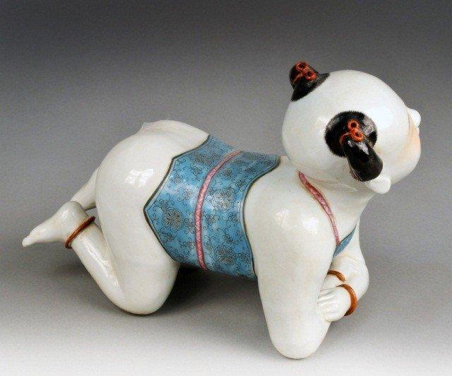 606: Chinese Porcelain Pillow Boy   * - 2