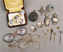 250: Miscellaneous Group of Jewelry & Objects