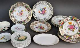 563 Miscellaneous Group of Porcelain Table Articles