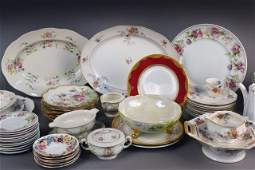 343 Miscellaneous Group of Porcelain Table Articles