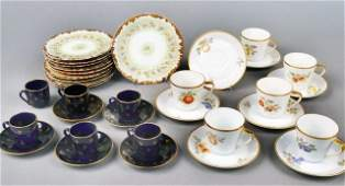 592 Miscellaneous Group of Porcelain Table Articles
