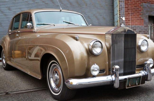 176: 1962 Silver Cloud II Rolls Royce