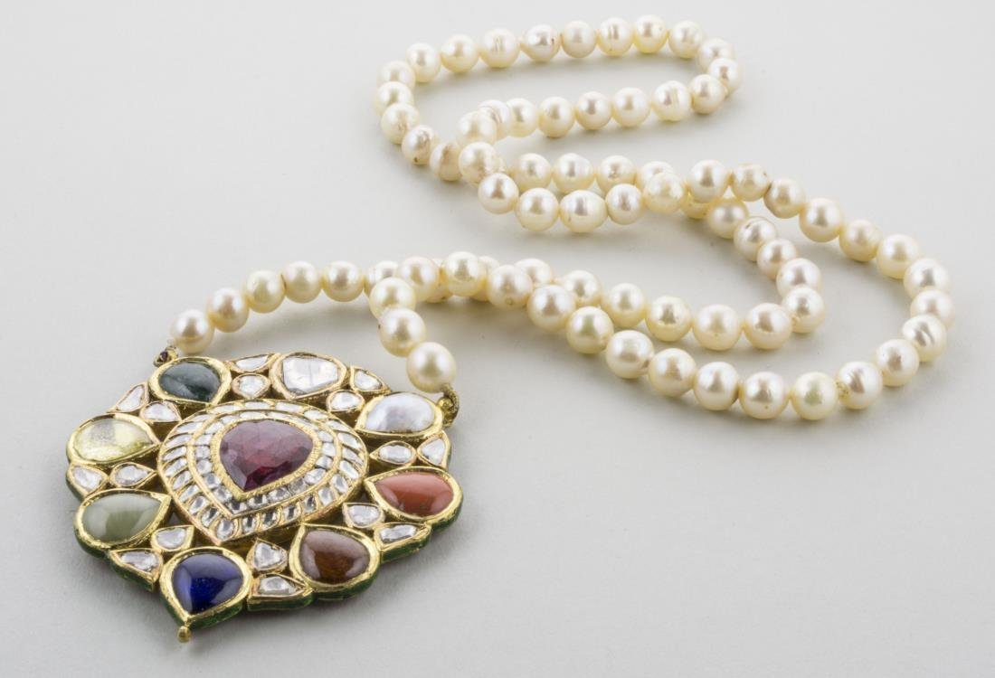 Mughal Pearl and Gemstone Necklace   *