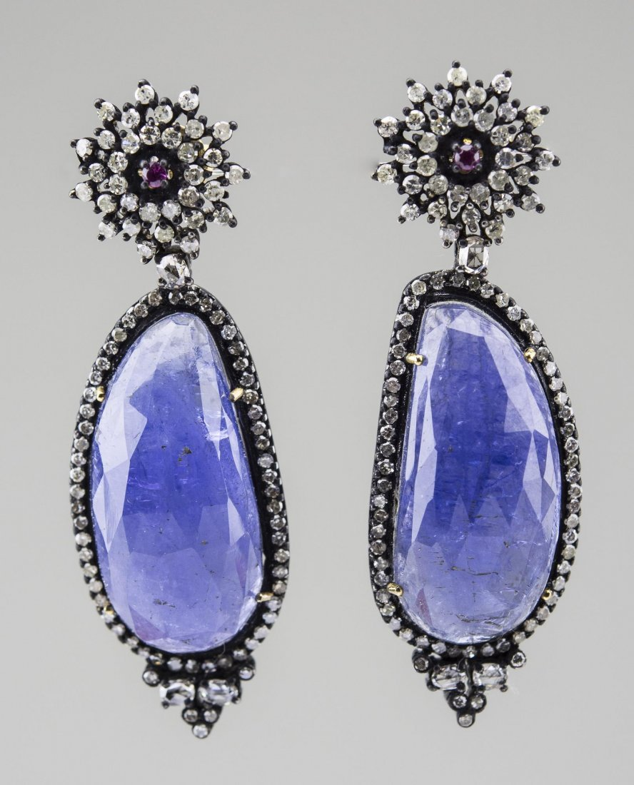 Tanzanite and Diamond Earrings   *