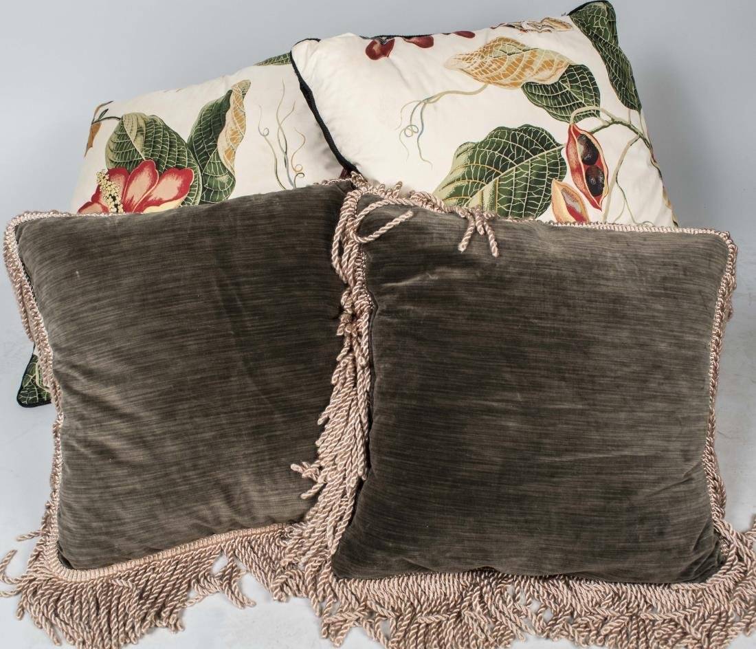 Two Pairs of Decorative Throw Pillows