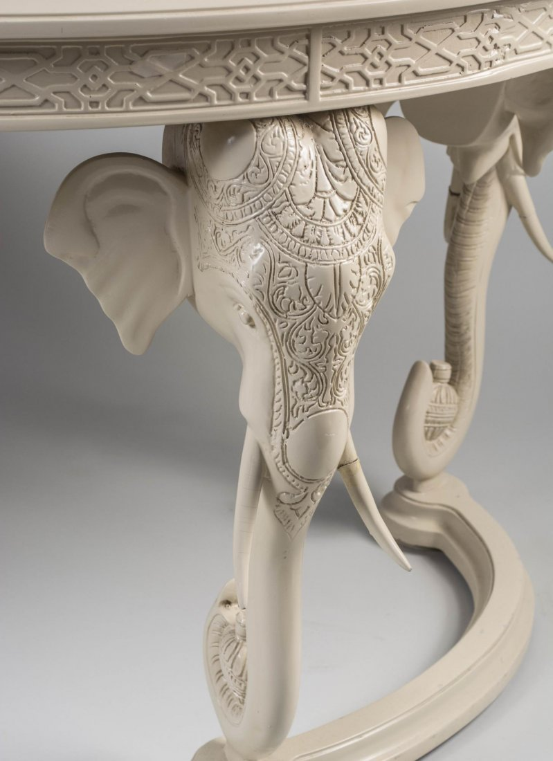 White Lacquer Hunt Table - 3